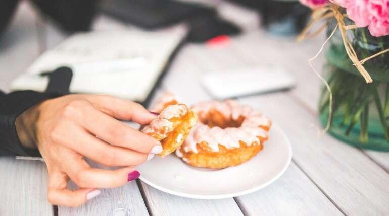 Co jeść zamiast słodyczy?